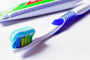 tandpasta zonder fluor recensie