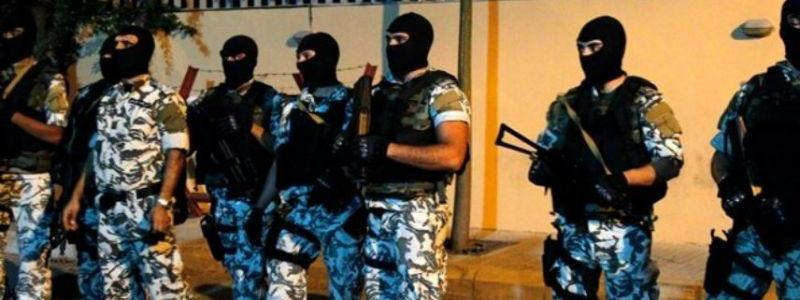Lebanese security forces arrest thre Syrian ISIS and FSA members