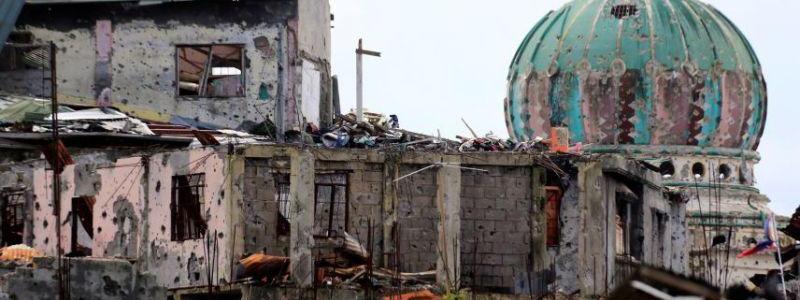 Terrorism suspected in fatal Philippines church bombings