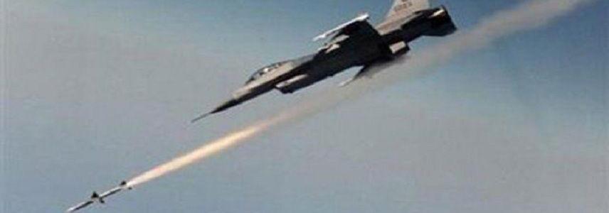 Iraqi warplanes destroy Islamic State logistics center in Syria