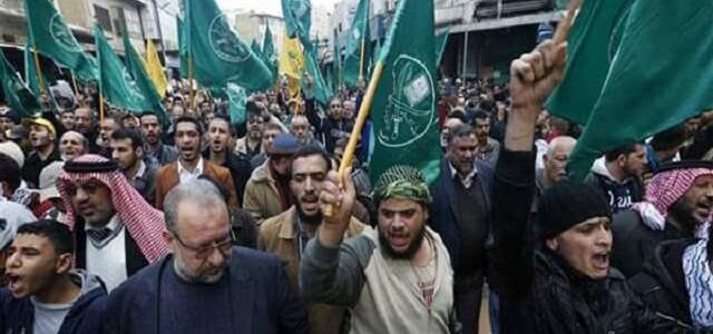 Muslim Brotherhood continues to harm the Egyptian economy by trafficking in foreign currency