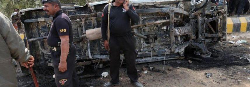 Islamic State's Wilayah Khorasan bombs convoy carrying Pakistani politician