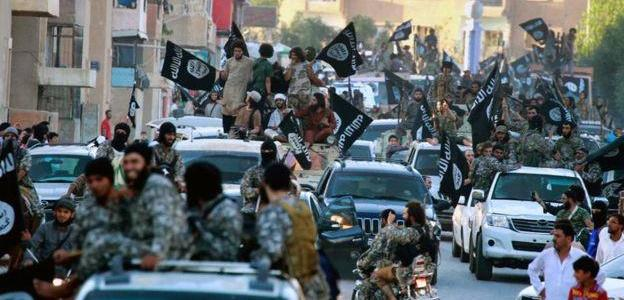 More than 4,000 ISIS militants are still fighting in Raqqa