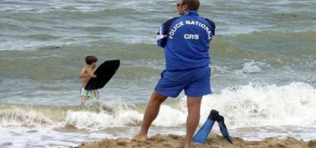 ISIS threat in France: Lifeguards possibly to carry guns on
