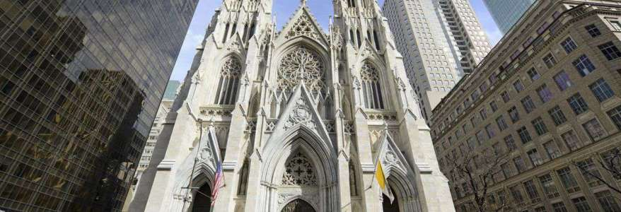 Counter-Terrorism officers arrest man with gasoline at New York City's St. Patrick's Cathedral
