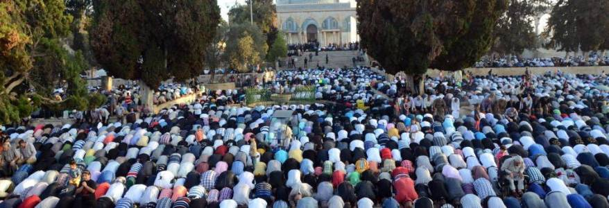 Hamas terrorist group calls for mass attendance at Al-Aqsa and Cave of the Patriarchs prayers