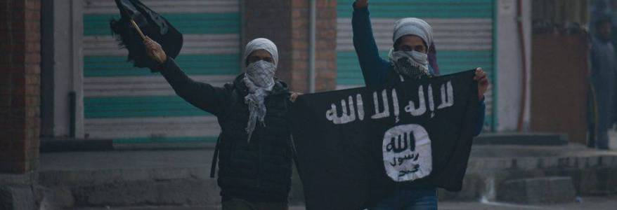 American father and son arrested after allegedly joining the Islamic State terrorist group