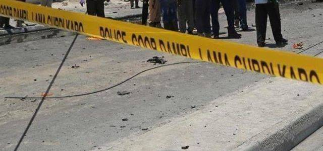 Suicide bomber blew himself up near Somali police station and mall