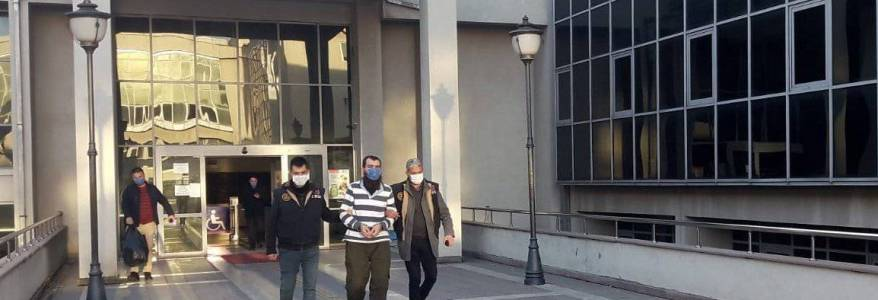 Fifteen Islamic State terrorists one with links to Turkish emir arrested by the authorities