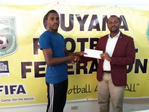 gff-president-presents-cheque-to-d-lanferman