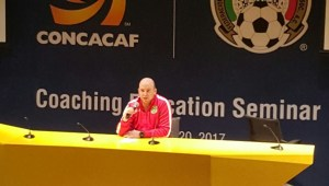 Ian Greenwood presenting at Technical Officers Meeting in Mexico