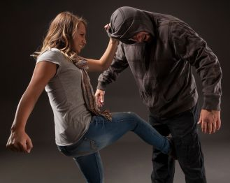 Women's Self Defense classes by Girl Fight. Girl Fight fitness classes and online personal training.