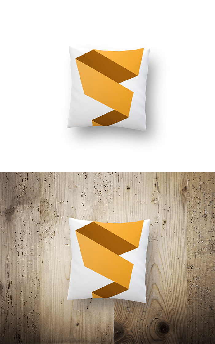 Free-pillow-mockup-.png