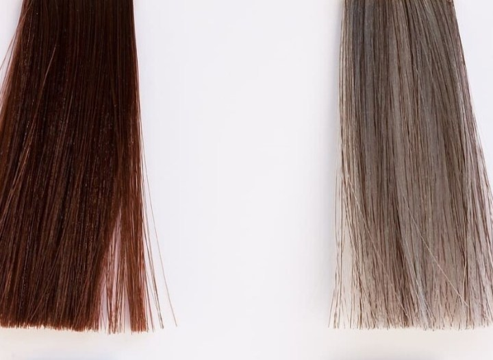 Hoe ontkleur je jouw haar met een bleekbad?