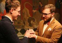 Schwules Ehepaar in Russland