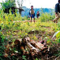 Laos_Kinder und Minen