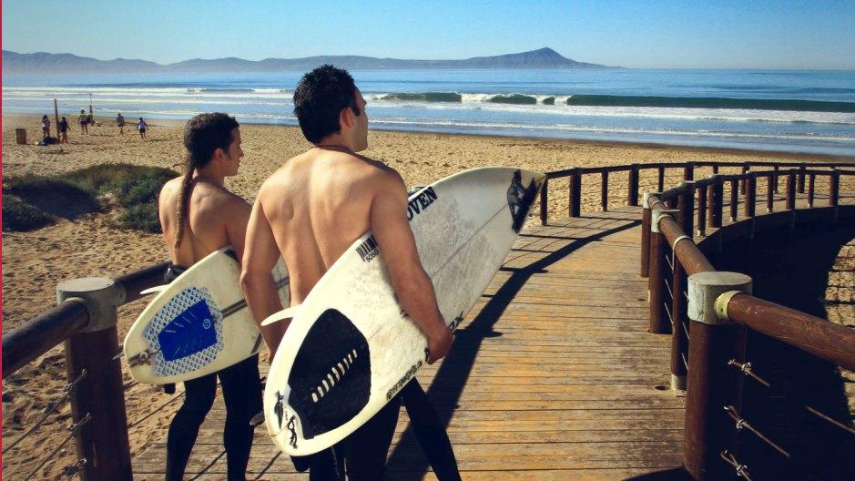 https://www.bajanorte.com/en/surfing/