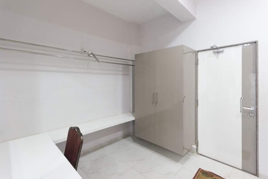 wardrone-storage