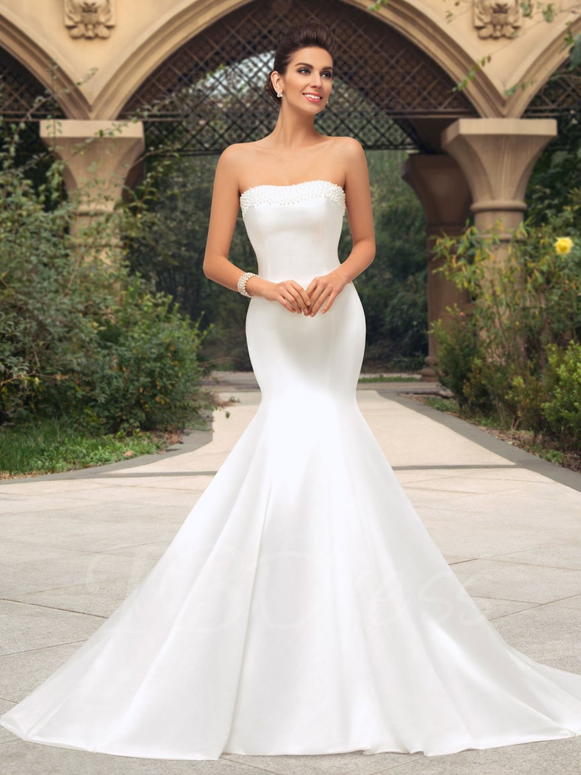 Check Out 8 Wedding Gown Styles,Their Names And Ideal Body ...