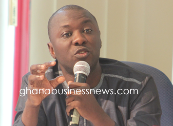 Ghana government asked to distribute minerals revenue properly