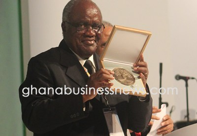 Hifikepunye Pohamba casts doubts on one African government