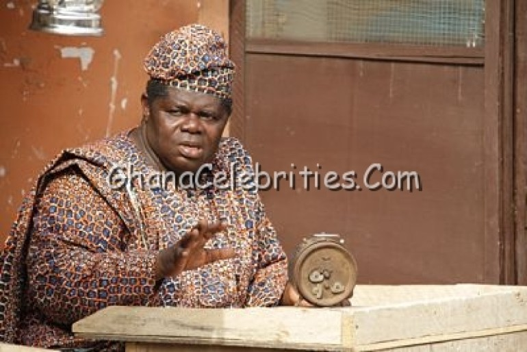 """Psalm Adjetefio in """"The Good Old Days - Papa Lasisi Good Bicycle"""""""