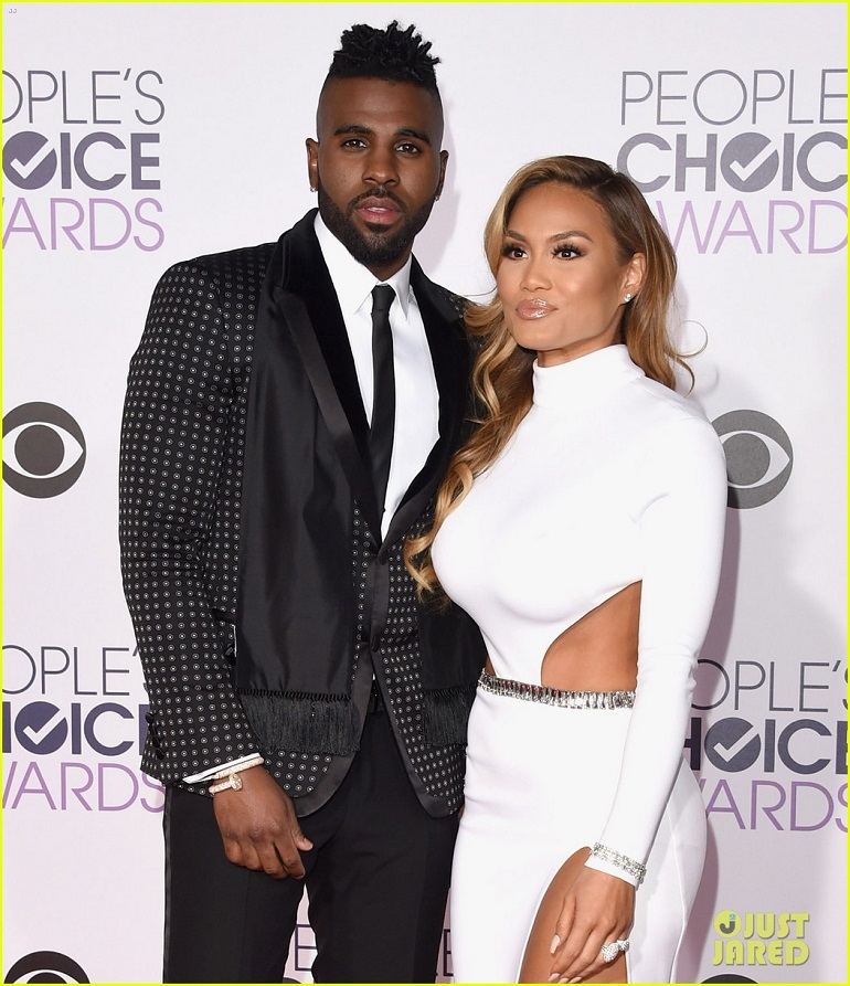 jason-derulo-daphne-joy-people's-choice-awards-2016