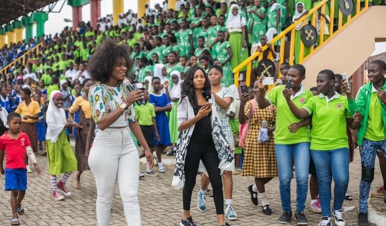 "Becca Takes Her ""Menstrual Hygiene"" to Over 1000 Students in Kumasi + PHOTOS"