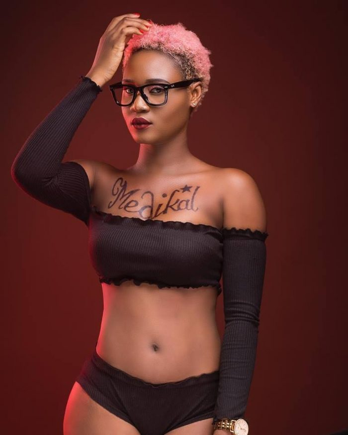 Petrah01 e1552988771756 - PHOTOS: Musician Petrah Boldly Tattoos Medikal's Name On Her Chest – What's Going On?
