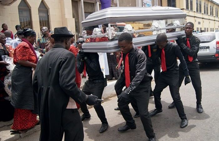 The Ghanaian 'Village' Life Hits 'Amanone' As Ghanaians Block A Street, Disturb the Whole Neighbourhood for A Funeral Abroad – Video