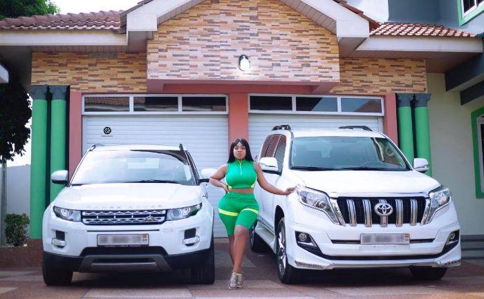 Moesha Boduong Hits The Jackpot As She Buys Two Expensive Cars -  GhanaCelebrities.Com