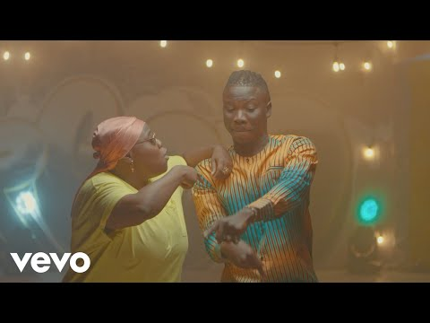 Stonebwoy Ft Teni - Ololo (Official Video)