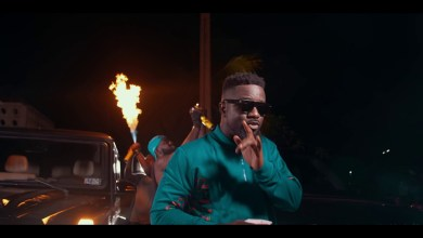Photo of Sarkodie Ft Prince Bright (Buk Bak) – Oofeetsɔ (Official Video)
