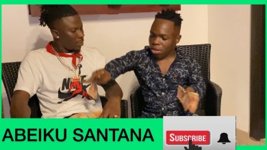 Photo of Shatta Bandle gives Stonebwoy money for his concert (SHOCKING Video)