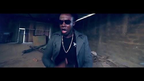 EKodjoe Ft Afezi Perry – Bossu (Official Video)