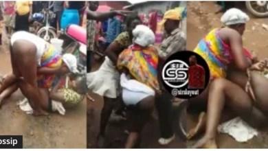 Photo of 2 Hot Market Women Fight Nak3d Over A Customer – Video