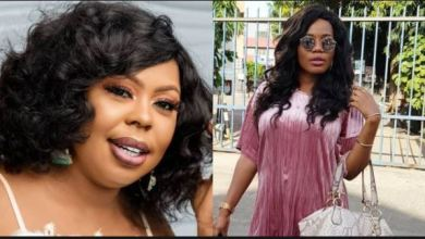 Photo of Afia Schwar Invites Mzbel To A Contest As She Throws Money On Grounds – Video