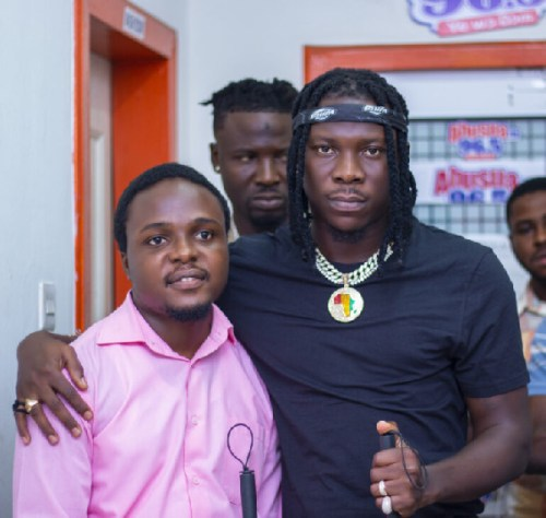 Bhim Boss Stonebwoy Contribute White Canes To Blind Community In Kumasi
