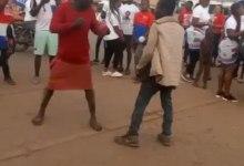 Photo of 2 Madmen Wrestle N Exchange Slaps @ NPP peace walk – Video Will Make Ur Day