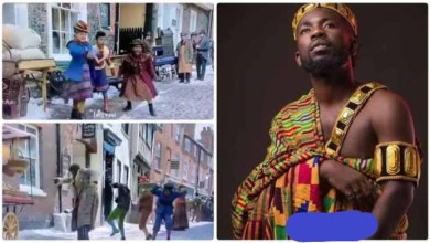 """Photo of Hollywood Christmas movie """"Jingle Jangle"""" Features Bisa Kdei – Video"""