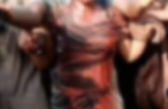 Photo of Angry Mob Beat N Pound Lady For Allegedly Kidnapping Children In Nasarawa – Watch