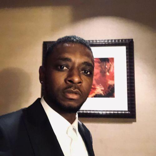 Magnom – I Dey Hustle Ft Caine