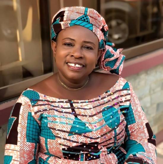 Mama Esther - Adom