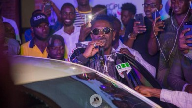 Shatta Wale, Ebony & others receive People's Celebrity Awards prizes