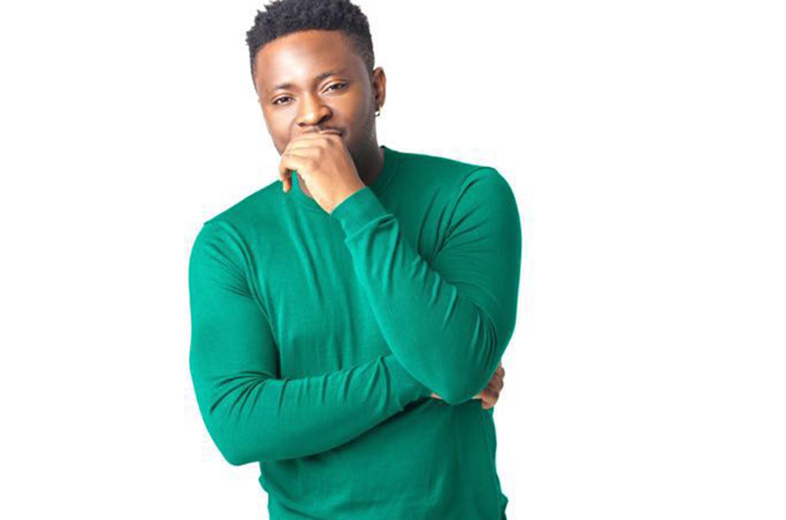 Nigerian-Ghanaian Afrobeat artist, Akeju, feats. Beenie Man