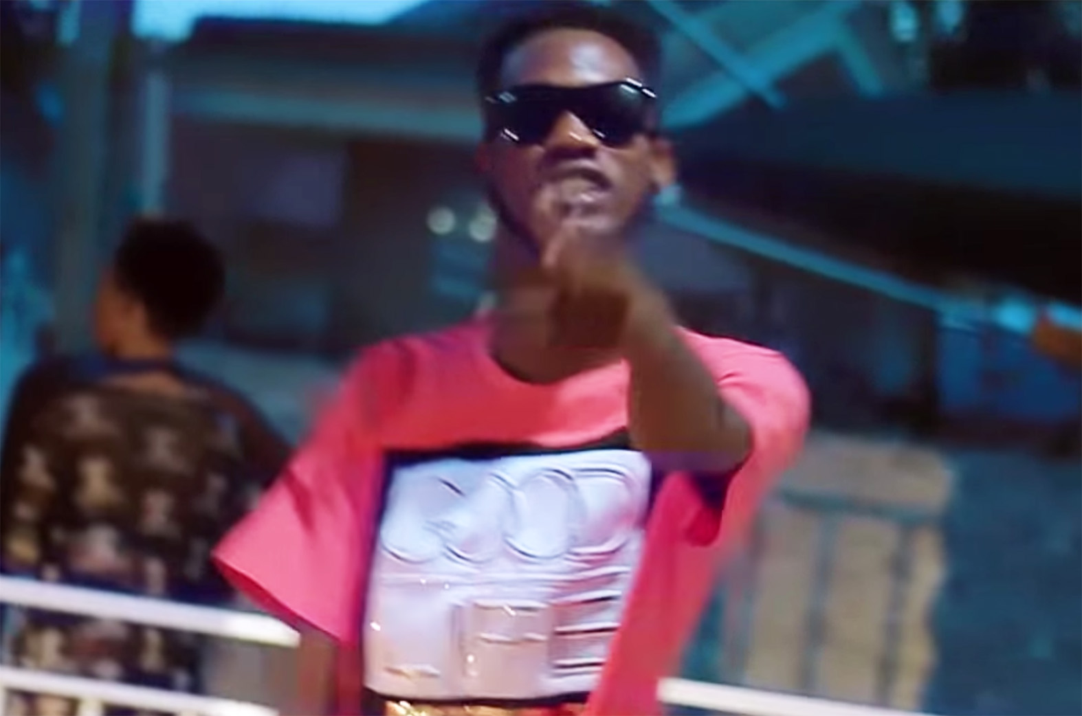 Video: Modeɛ Sɛ Moano by Ypee feat. RC
