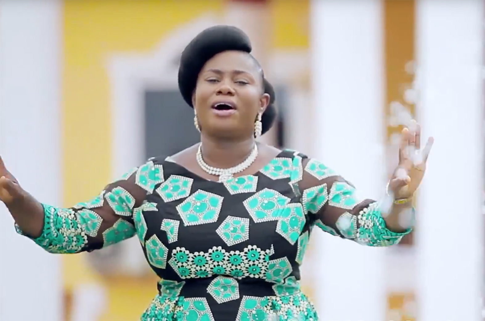 Video: Yesu Do Me by Regina Osei