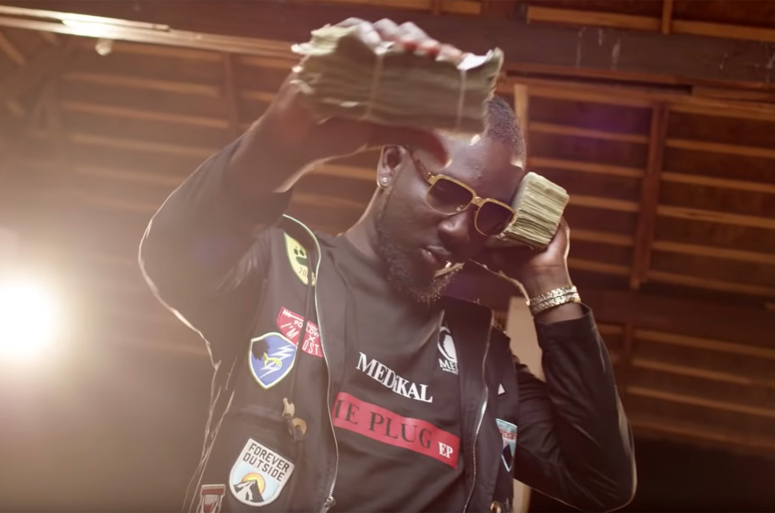 Video: How Much Remix by Medikal feat. Sarkodie & Omar Sterling