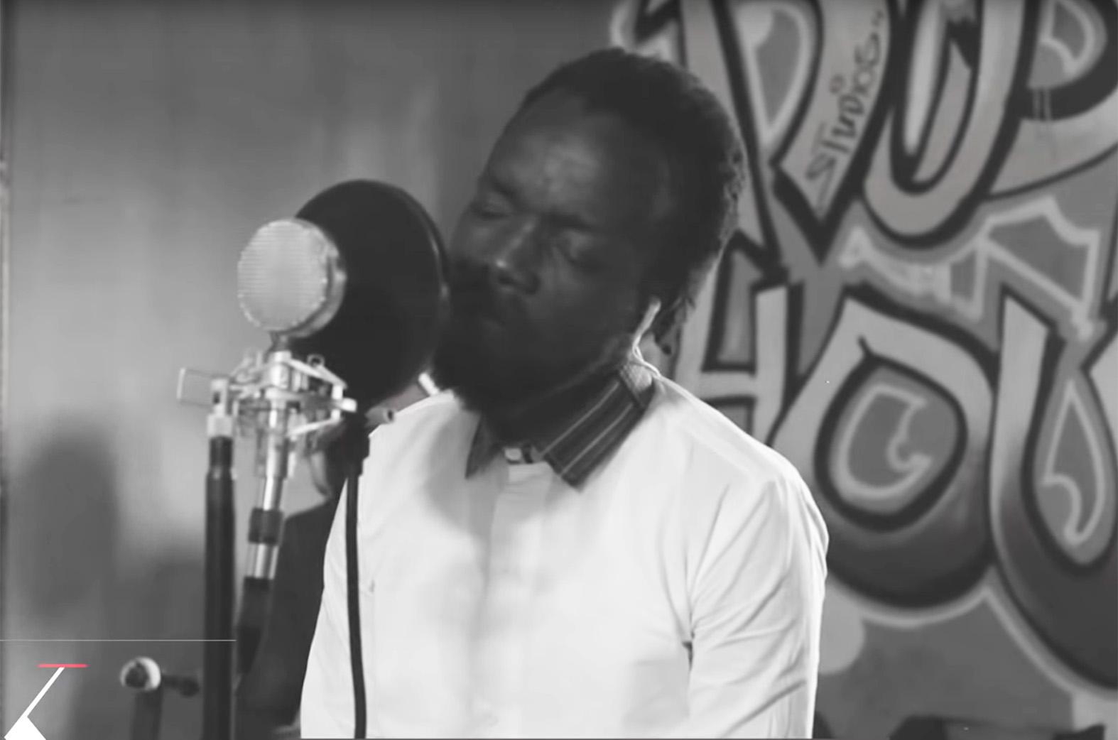 Video: Love Unfair (Acoustic Video) by Akwaboah