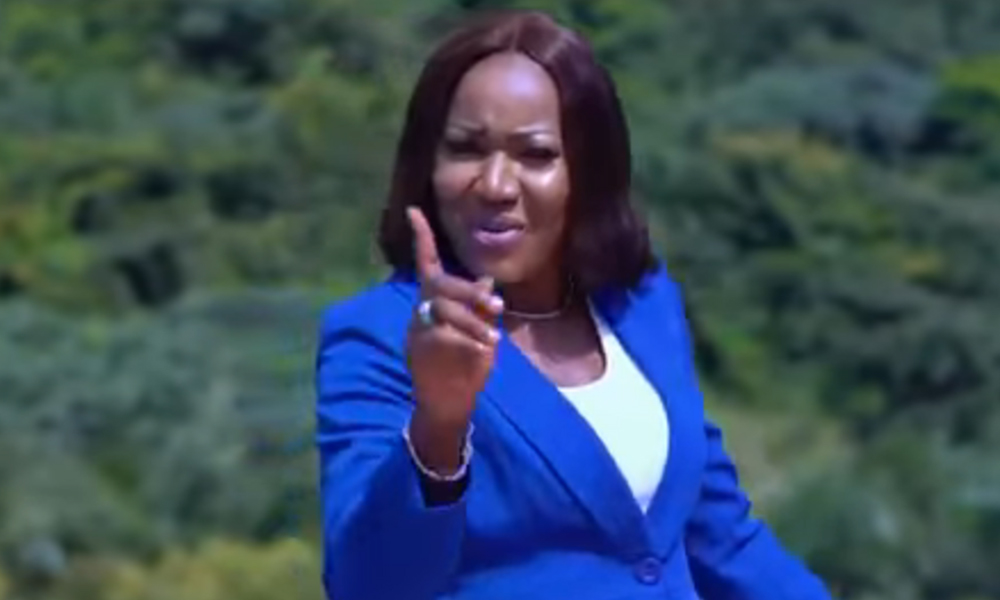 Video: M'adansedie by Rose Adjei feat. Oheneba Clement